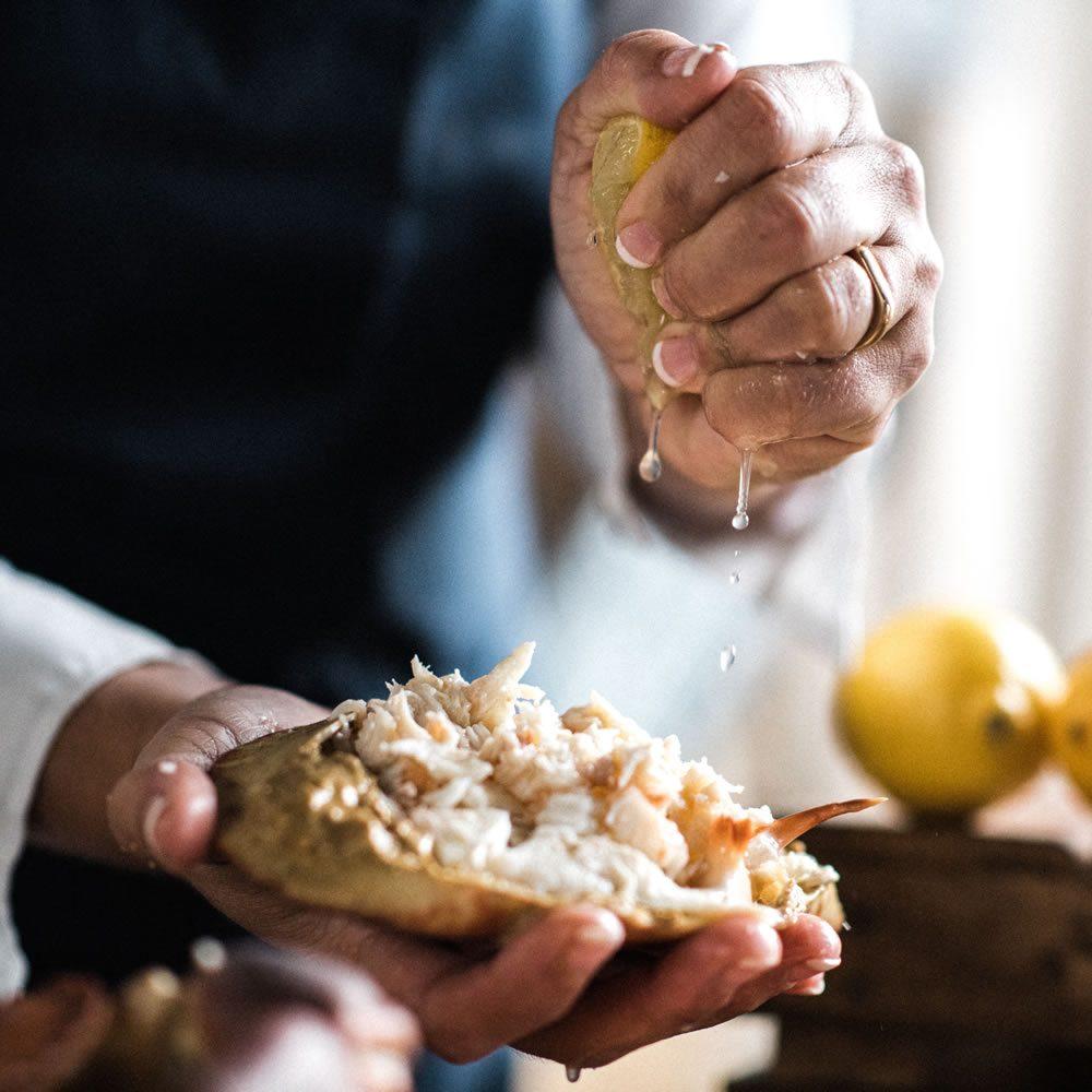 crab-and-lemon